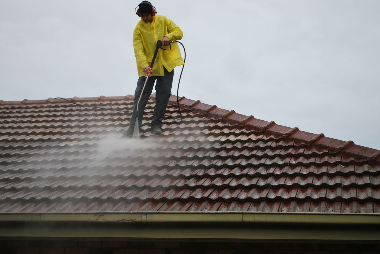 Roofing Cleaning Melbourne & Roof Cleaning Melbourne - Rainshield Roofing memphite.com